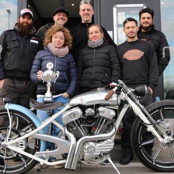 Vittoria gara custom moto harley davidson pavia